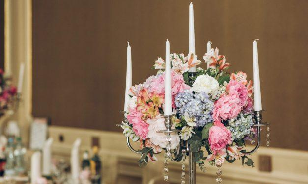 Kerzen als Tischdekoration