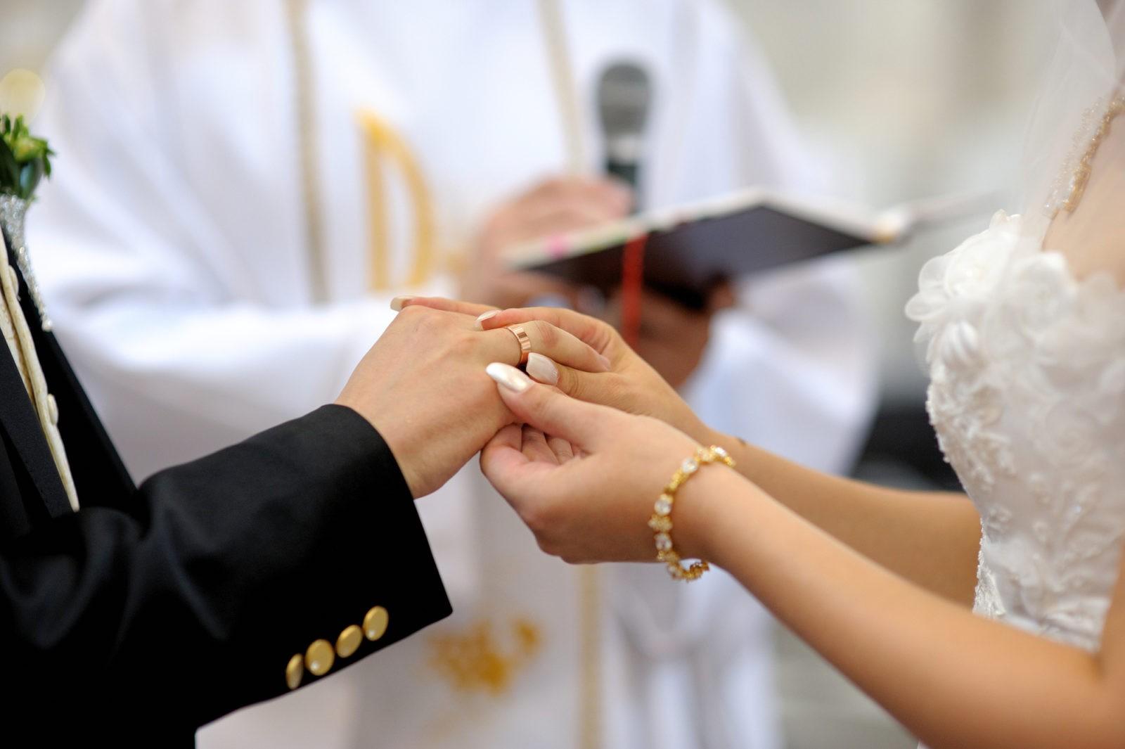 Lesungen Zur Kirchlichen Hochzeit Hochzeits Manufaktur