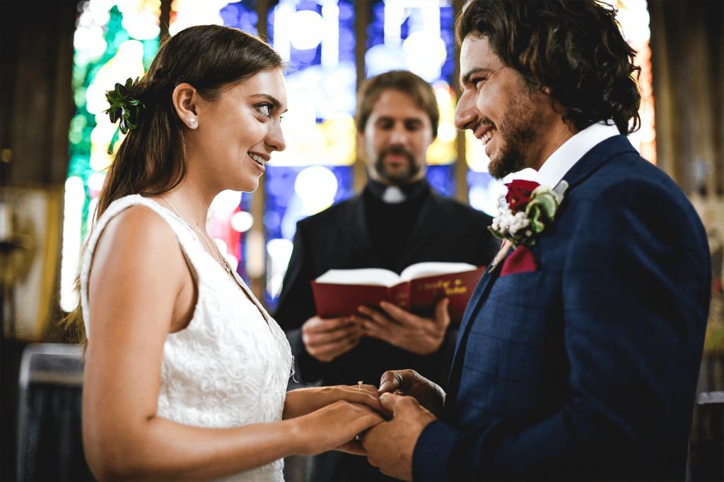 Die Anforderungen Bei Der Kirchlichen Trauung Hochzeits