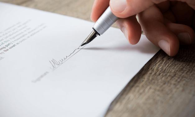 Nach der Eheschließung ist die Änderung der Verträge wichtig